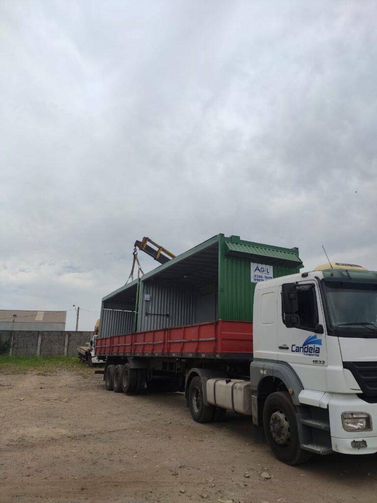 Locação container acoplado